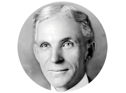 Henry Ford, fundador de Ford Motor. Primer tractor Ford fabricado.