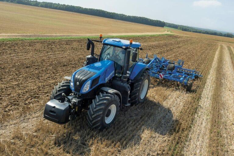 Tractor T8 Genesis